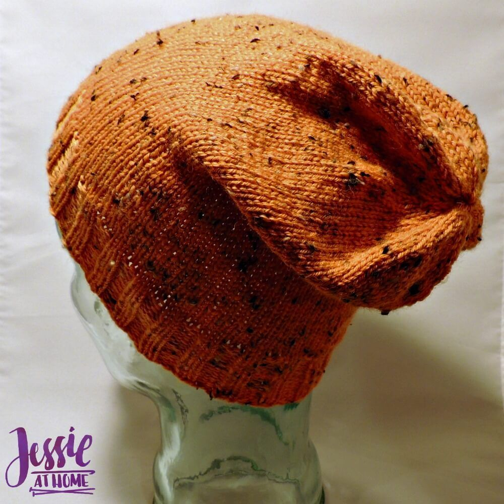 A nice & simple knit hat, the Basic Stocking Hat. A free knit ...