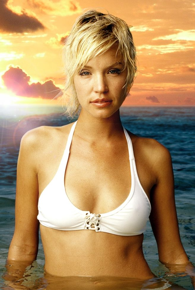 ashley scott actress
