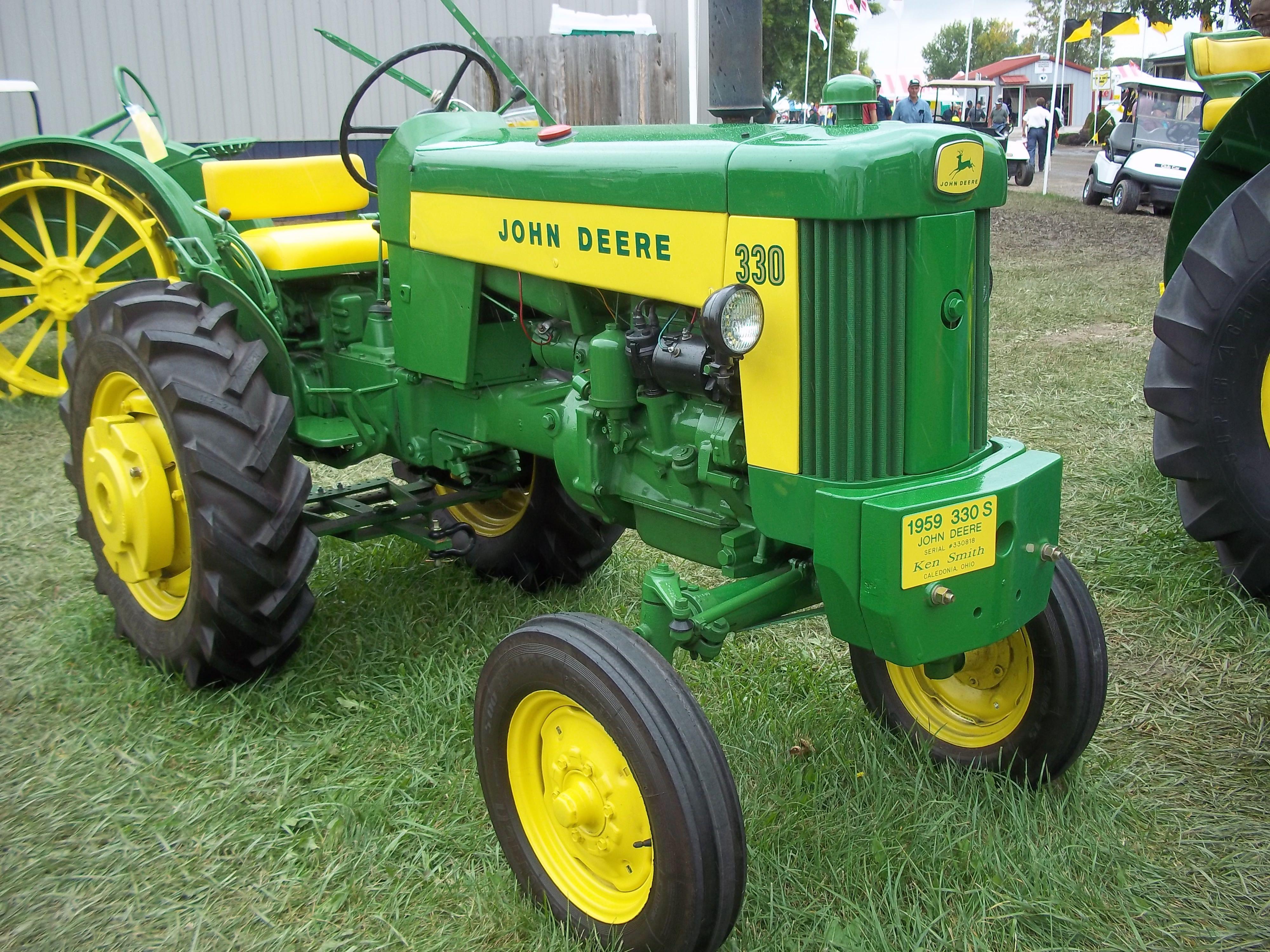 John Deere 330 Garden Tractor S Garden Ftempo