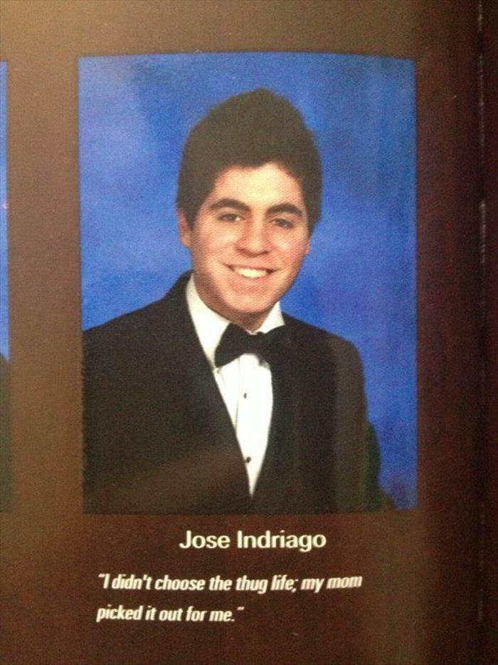 That's how u do a senior quote😂 | Funny | Funny yearbook quotes