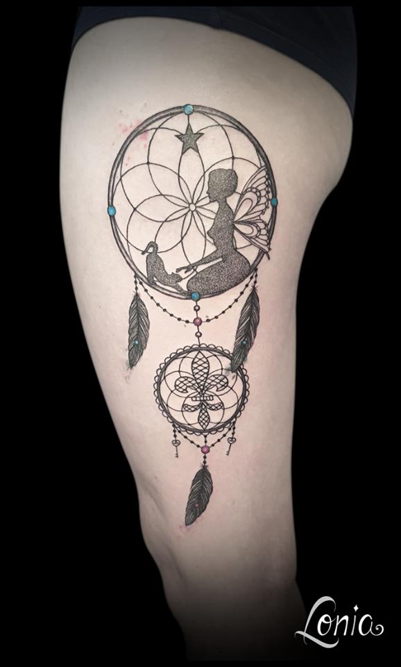 tatouage lonia tattoo troyes attrape r ve toile chat f e fleur de lys plume cl perle dentelle. Black Bedroom Furniture Sets. Home Design Ideas