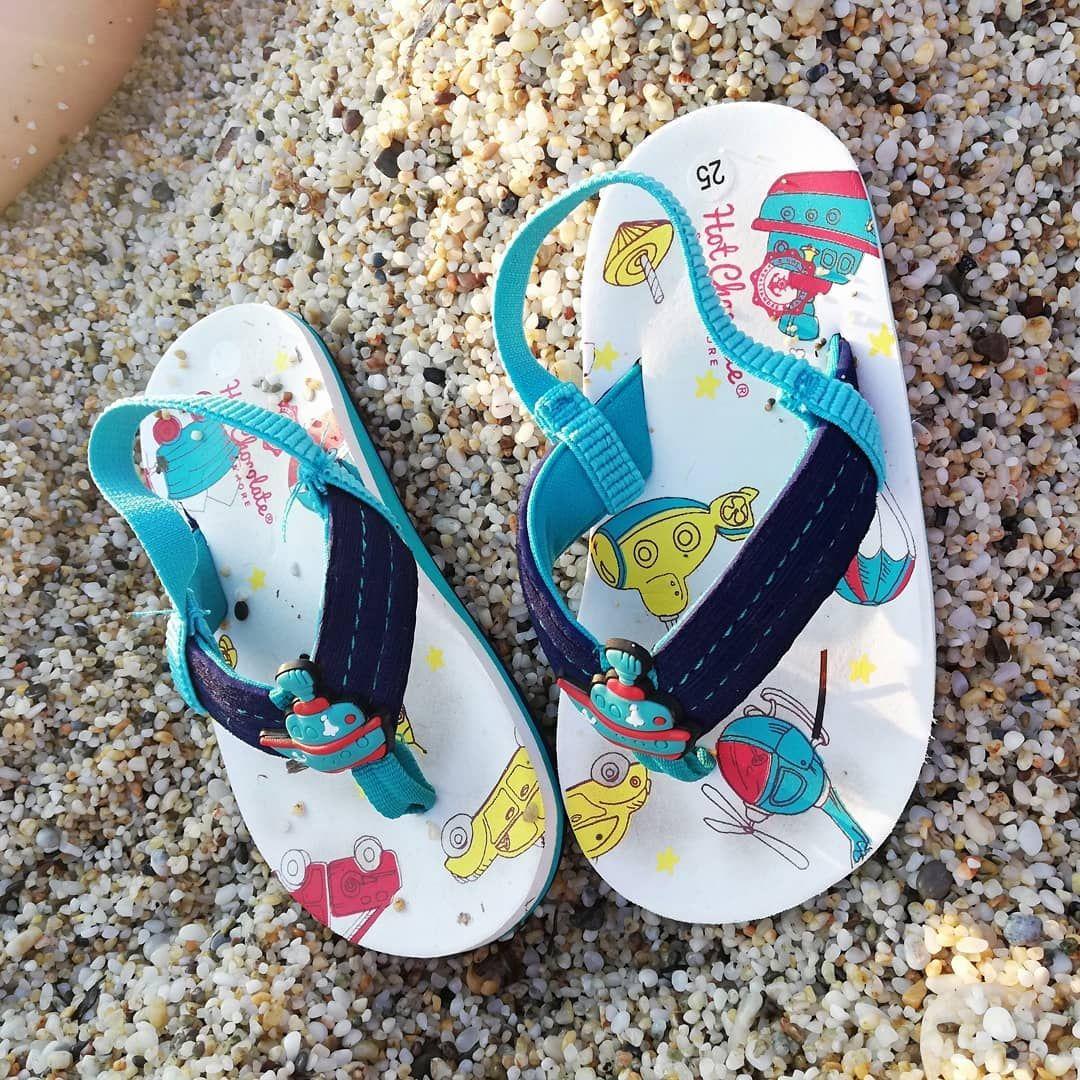 Slipper Terlik Shoes Ayakkabi Panosundaki Pin