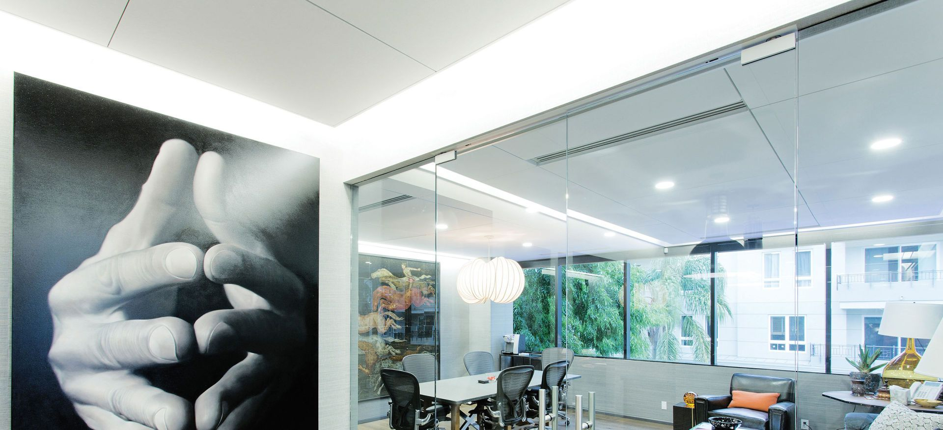 For This Private Foundation Office The Look Is All Class And Glass The Bionic Perimeter Wall Grazer Fro Floating Ceiling Perimeter Lighting Indirect Lighting