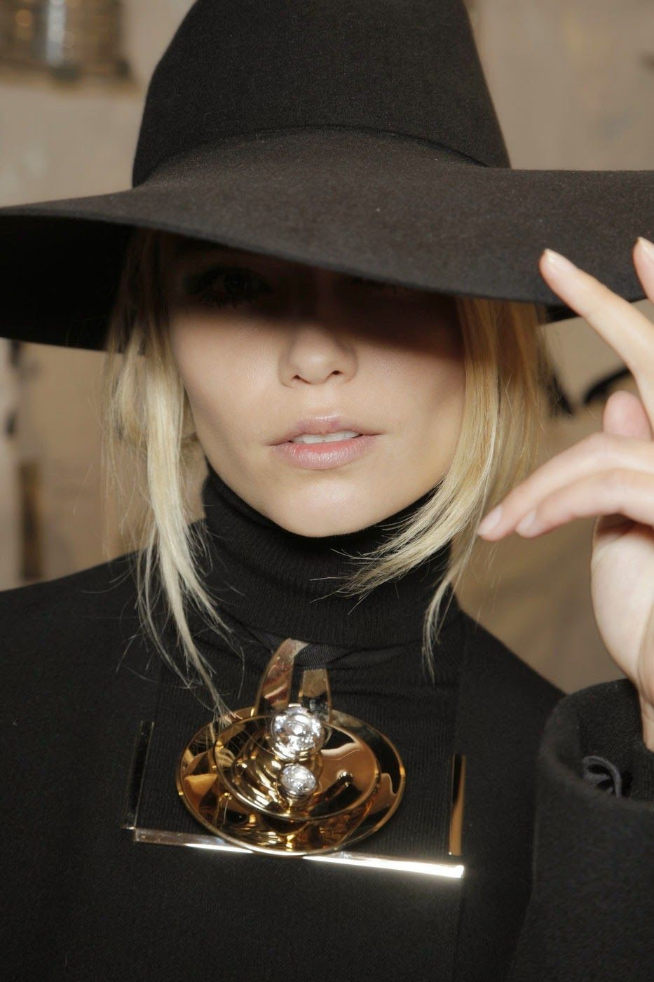 El Blog De Mary Rec Y Llego El Final Fashion Women Hats Fashion Hat Fashion