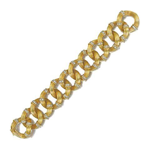 An 18K gold and diamond bracelet