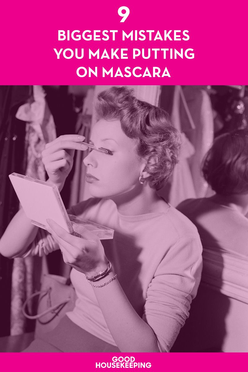 9 Biggest Mistakes You Make Putting on Mascara