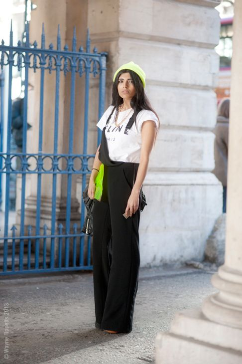 Add splashes of colour to a relaxed outfit