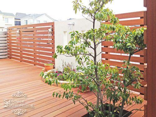 ウッドデッキ 木製 ウリン材 庭木 常緑樹 ソヨゴ 庭 リフォーム 庭