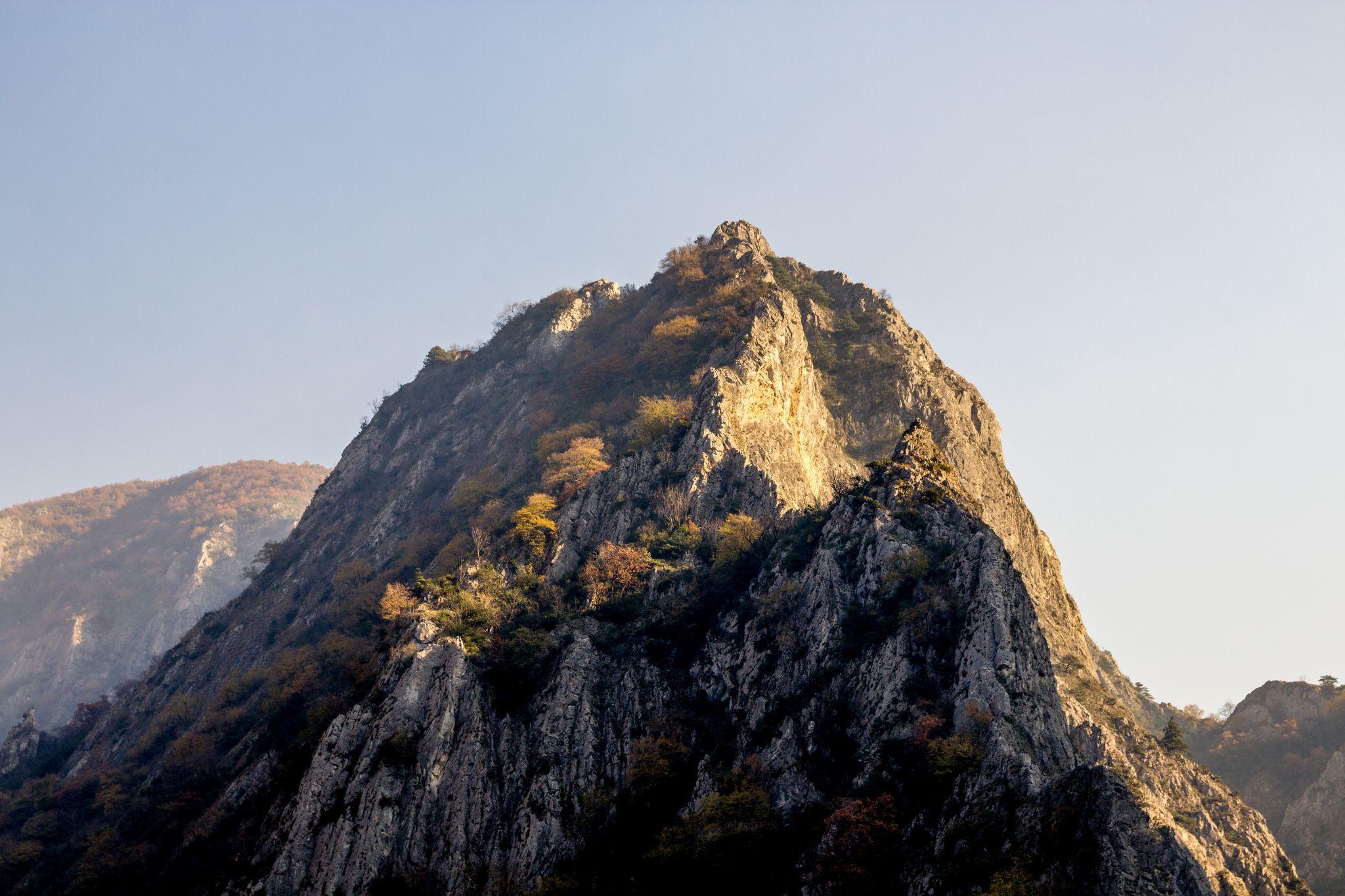 Matka canyon Skopje Macedônia [OC][2048x1365] Skopje