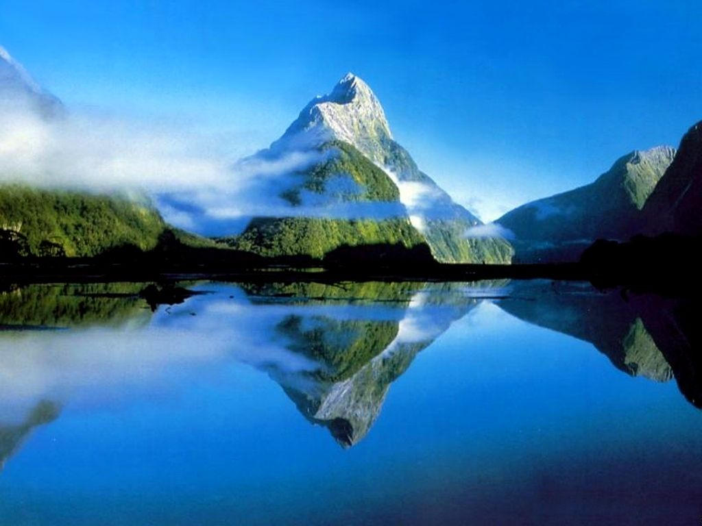 Milford Sound South Island New Zealand Nature Wallpaper Mountain Pictures Mountain Wallpaper