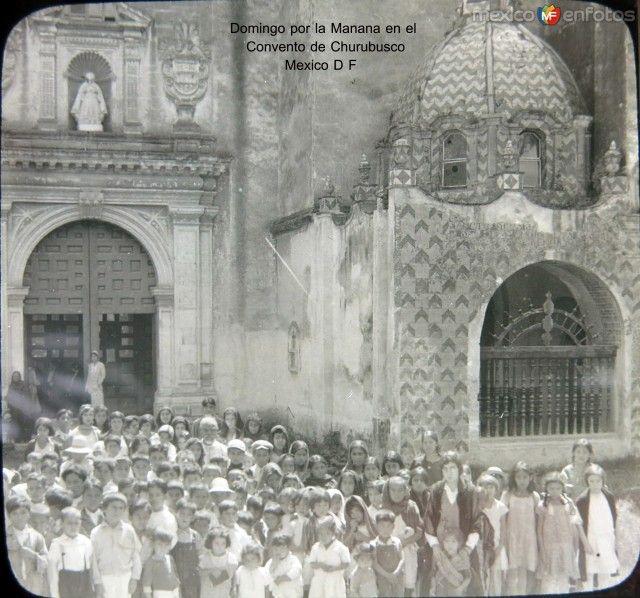 Fotos de Ciudad de México, Distrito Federal, México: Domingo por la Manana Misa en el Convento de Churubusco