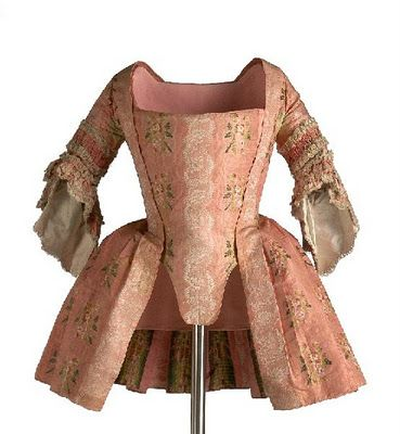 Caraco, c.1745-60. This would be worn over a petticoat (in this era, meaning an outer skirt) in either matching fabric, or in a contrasting solid color.
