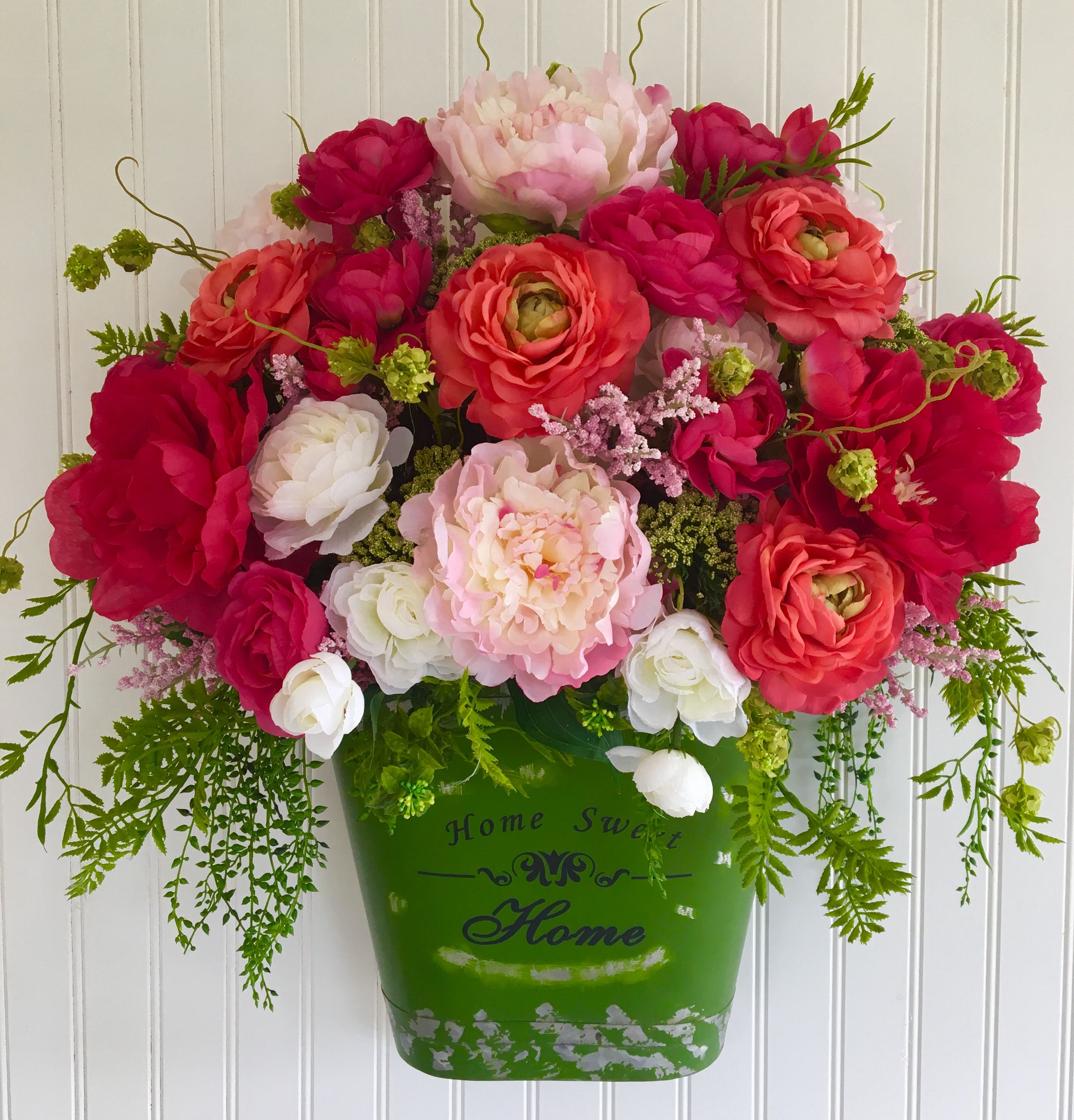 Spring Wreath, Front Door Wreath, Garden, Spring Flowers, Hanging Metal  Wreath,