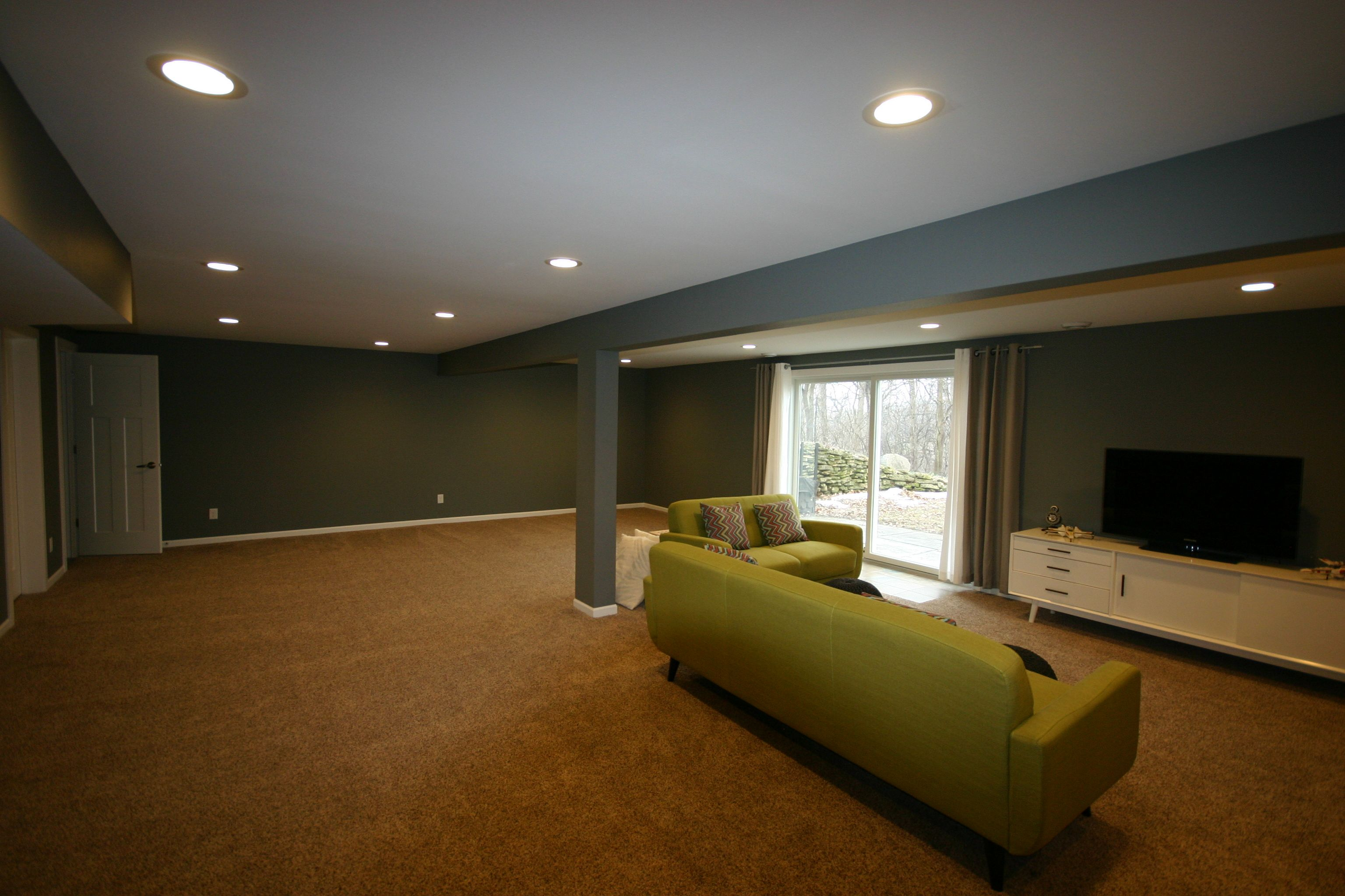 Simple Basement, Carpeting, Drywall Ceiling, Recessed Lighting,White Trim, Basement Kids