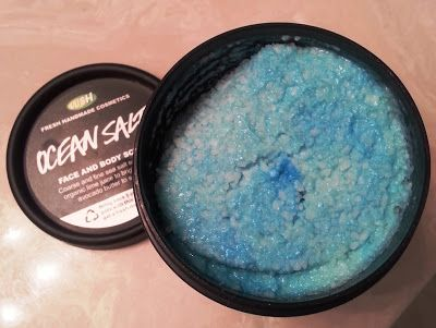 A Love Affair With Eyeliner Lush Products Review Ocean Salt And Shine So Bright Beauty Lush Reviews Lush Products Lush