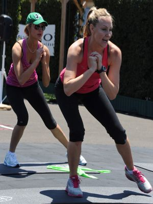 Liz: Lower-Body Exercise 1: Side Step This lower-body blaster comes straight from trainer Andrea Orbeck, whose celeb-client roster includes Heidi Klum, Karolina Kurkova, and Amanda Bynes. Body parts: butt and thighs