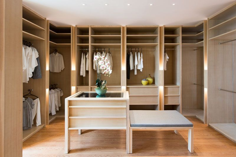 Discover The Most Effective Dressing Room Concepts Designs Inspiration Check Out Images Of Walk In Closets Wardrobes To Produce Your Modern Townhouse
