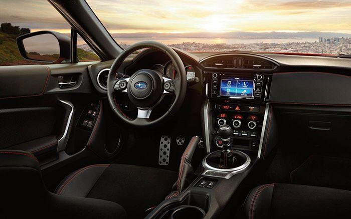 Automotrends Com Subaru Brz Subaru Brz Interior Subaru