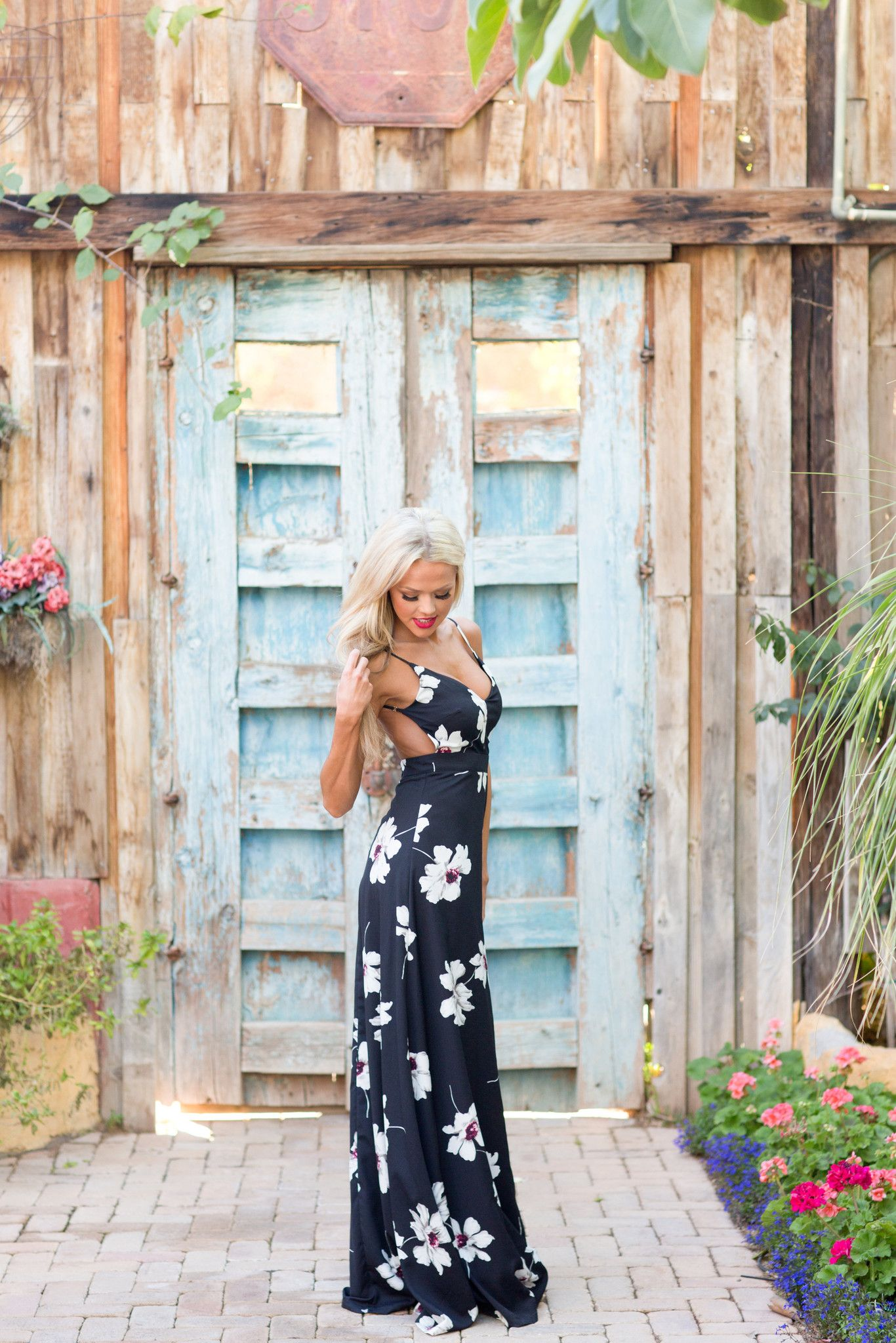 Wonderful Wildflowers Maxi Dress - Black