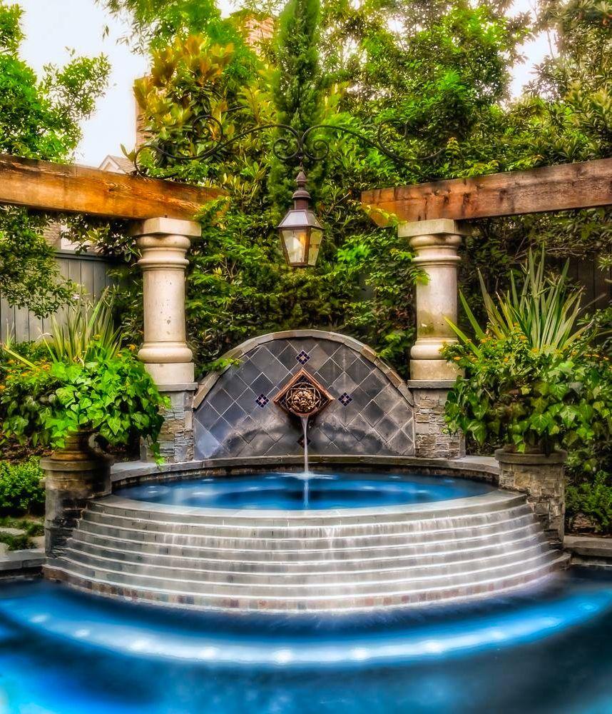 Mediterranean Exterior Of Home With Pathway Fountain: Mediterranean Design. .-Tendencias Europeas Increíbles