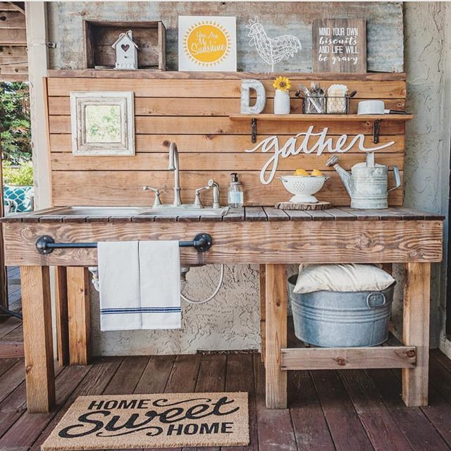 5 Perfectly Amazing Outdoor Kitchen Layout Ideas: I Fell In Love When I Saw This Amazing Outdoor Sink! Laura