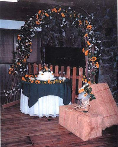 western wedding arch decorations | Country western wedding ...
