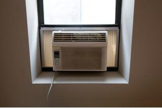 How To Properly Clean Your Window Air Conditioner Hunker Window Air Conditioner Frigidaire Air Conditioner Window Unit Air Conditioners