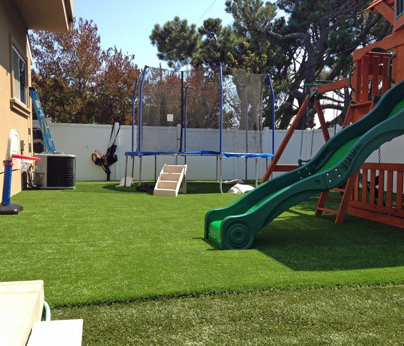 how to install artificial turf for playground