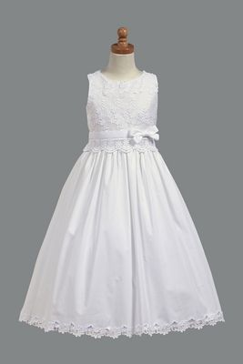 Possible First Communion Dress- not sure if i pinned this site already?