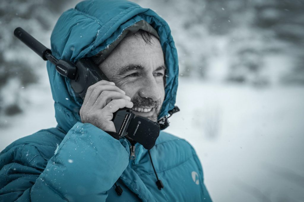 How To Choose A Satellite Phone For Traveling Elmens Satellite Phone Satellite Phones Marine Vhf Radio