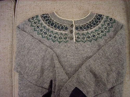 8526ffaf61411f Ravelry  Project Gallery for Seamless Yoke Sweater pattern by Elizabeth  Zimmermann