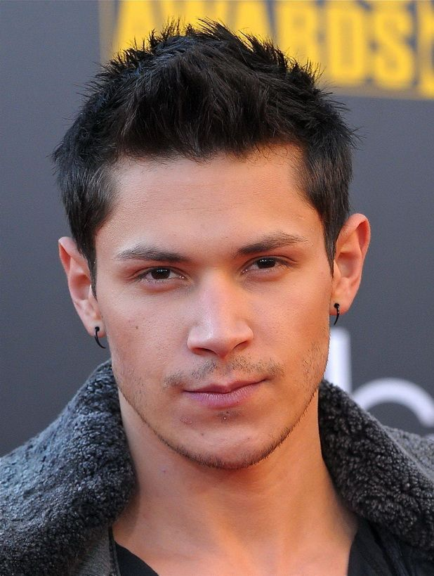 Groovy Celebrity Hairstyles For Men And Celebrity On Pinterest Short Hairstyles Gunalazisus