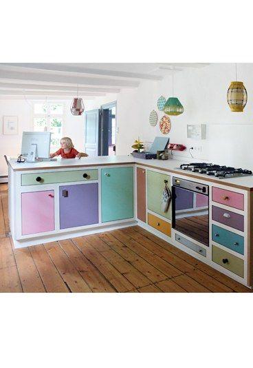 ganz viel farbe f r die wohnk che kreative wohnideen zum nachmachen und inspirieren k che. Black Bedroom Furniture Sets. Home Design Ideas