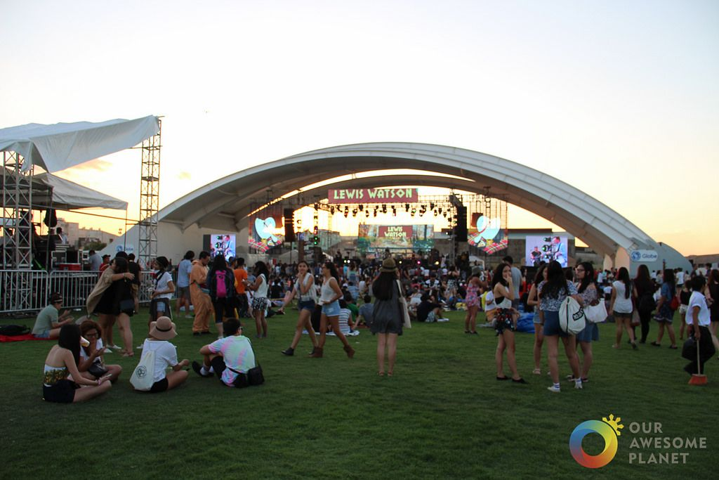 Essay About Philippines Festivals Pictures - image 8