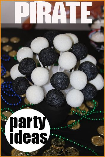 Argh... Great ideas for a Pirate Party.  Pirate games, food and desserts.  Great for Halloween too.