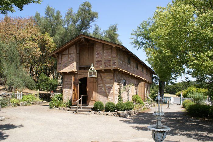 The Carriage House Of General Vallejo S Property In Sonoma Ca Carriage House House Styles Vallejo