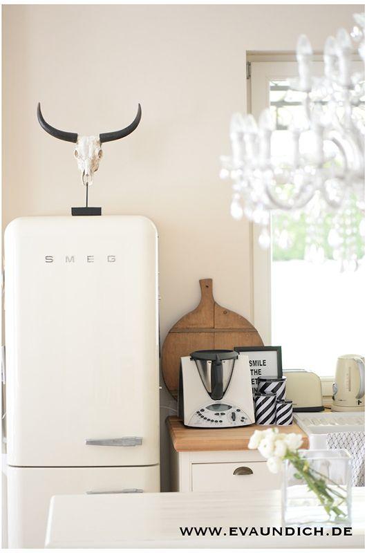 smeg creme kueche kitchen pinterest moderner landhausstil landhausstil und k che. Black Bedroom Furniture Sets. Home Design Ideas