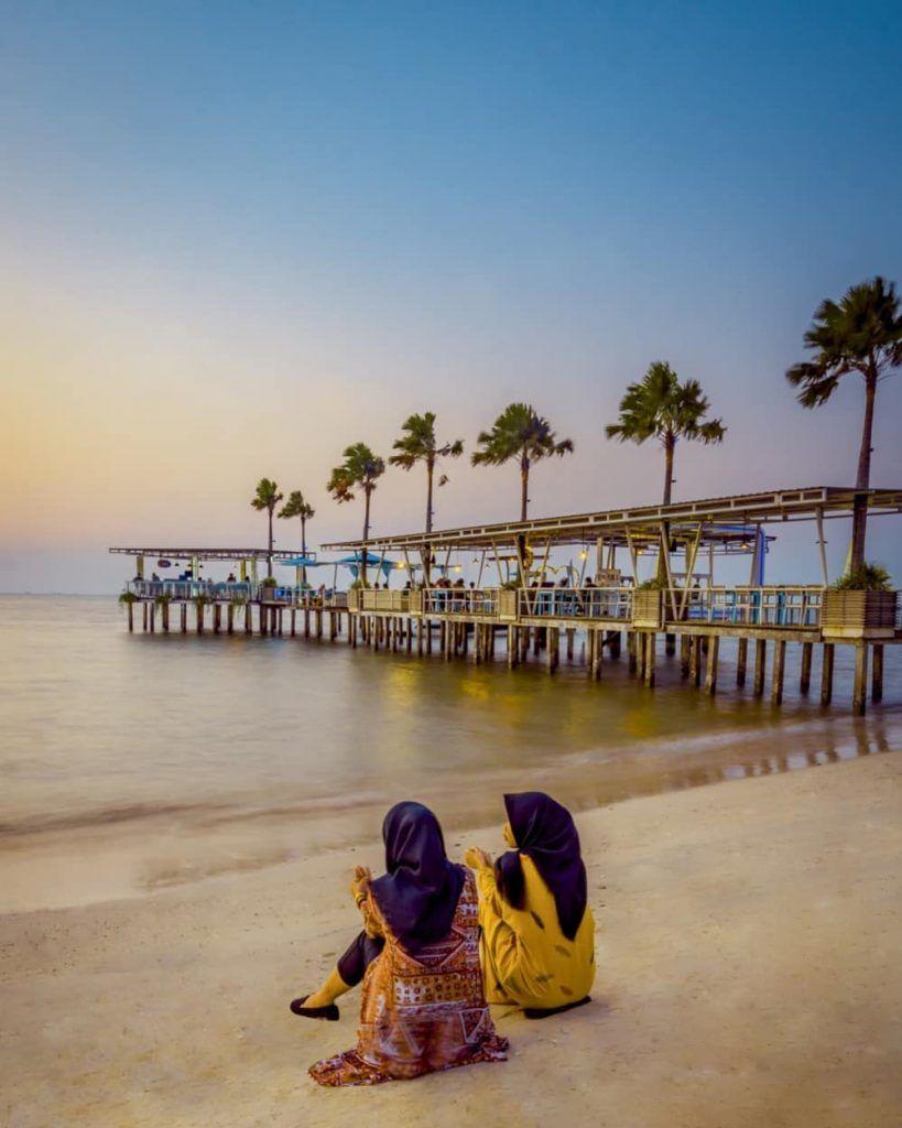 Pantai Teluk Awur, Menikmati Senja Sunset di Jepara di 6
