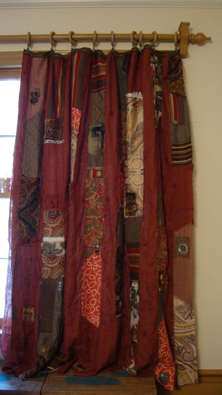 Makes Me Happy Monday : Bohemian Curtains | Quilted curtains, Diy ... : rag quilt curtains - Adamdwight.com