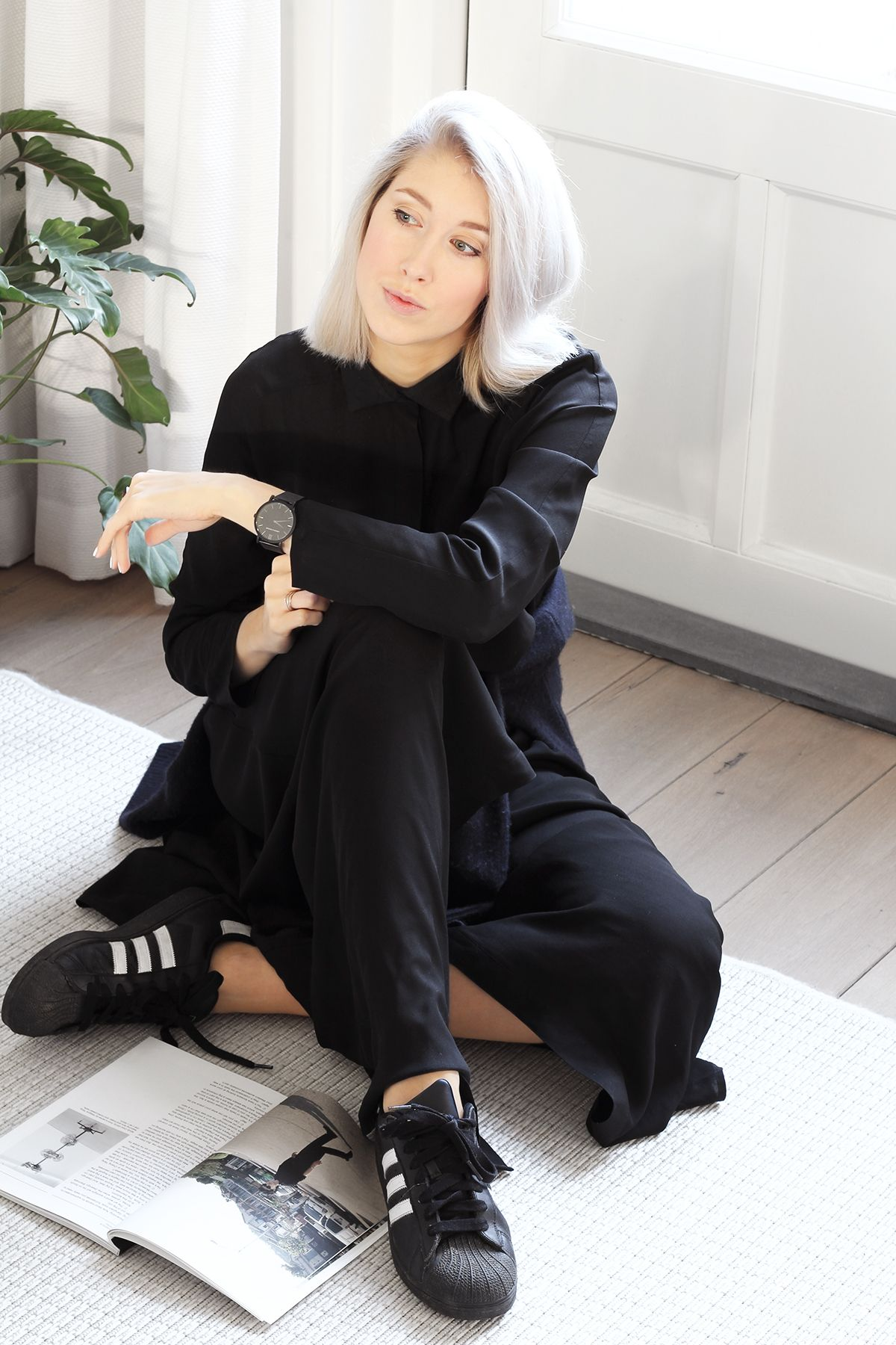 Black dress with adidas shoes - Adidas Superstar Revival Long Dress Mydubio