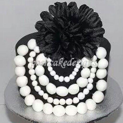 Fine Elegant Black And White Pearl Necklace Cake Sophicated Birthday Funny Birthday Cards Online Necthendildamsfinfo