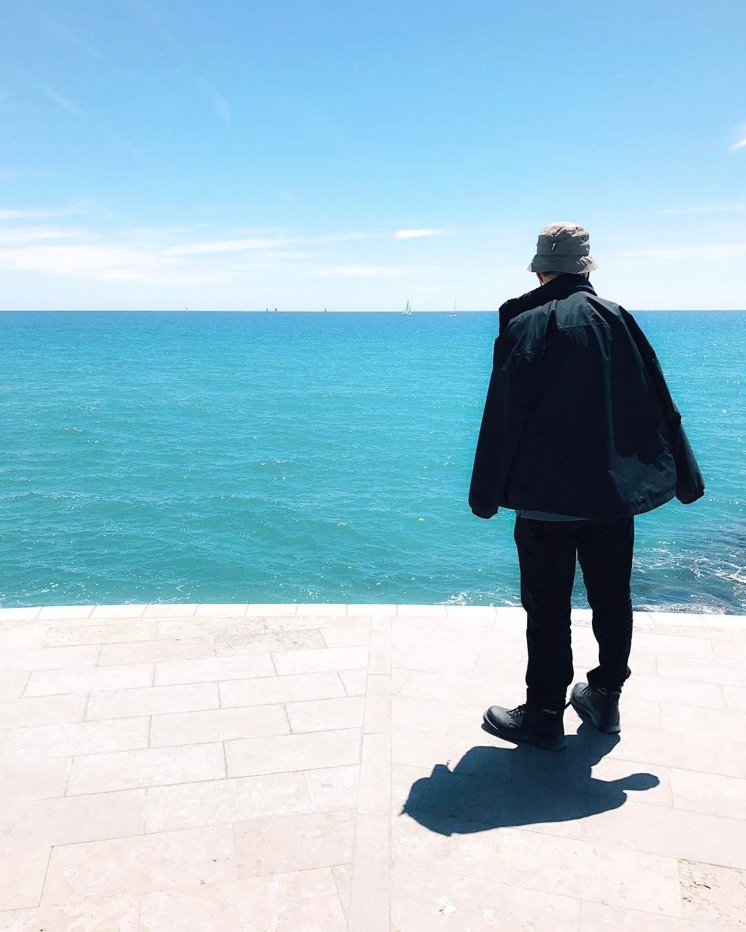 Dreaming about that Blue . . . #descobreixcatalunya #ig_barcelona #ig_catalonia  #catalunyagrafias #primerolacomunidad #communityfirst #hallazgosemanal #instagramEs #catalunyaexperience #instantes_gf #fotomovil_es #fotonline_es #visitbarcelona #instaghesboro #ig_worldclub #igrecommend #artofvisual #agameoftones #lumixandme #Sitges