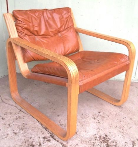$375  A-STYLISH-MID-CENTURY-MODERN-ALVAR-AALTO-BENTWOOD-LEATHER-SLED-ARMCHAIR