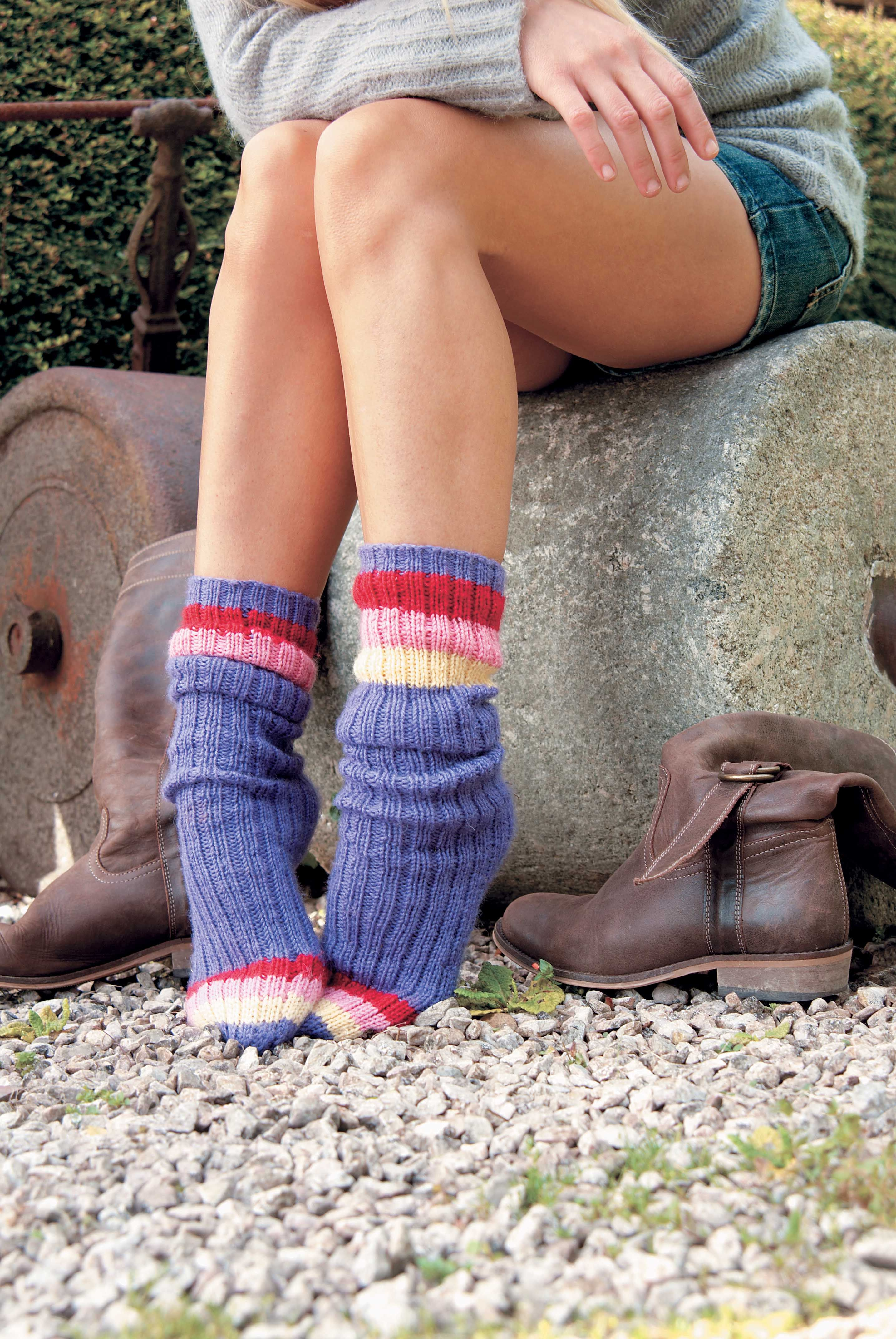This free simple sock knitting pattern is perfect for first-time ...