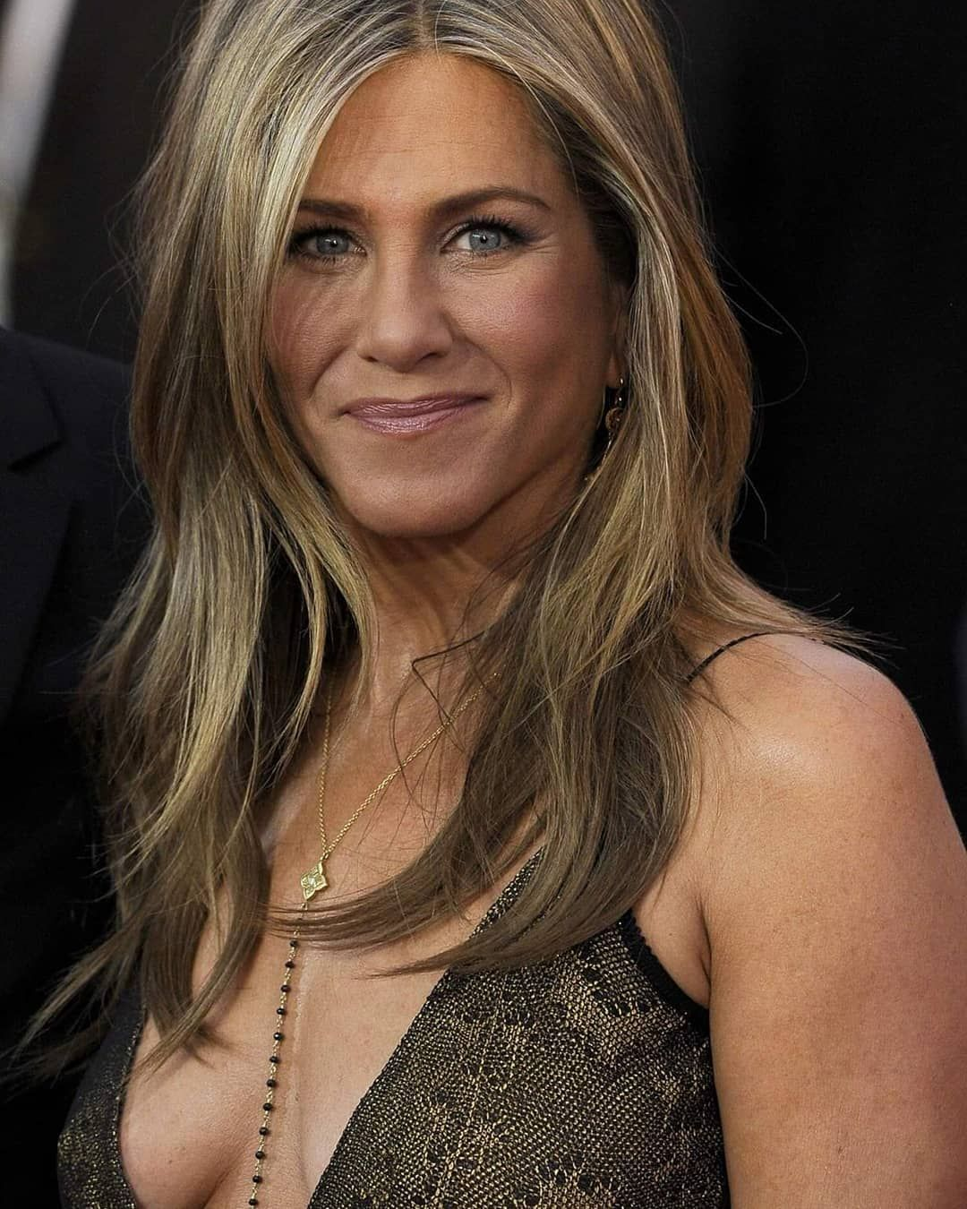 Jennifer Aniston 😍😍 Checkout the link in my bio #jenniferaniston #beauty #beautiful #movies #insta #...