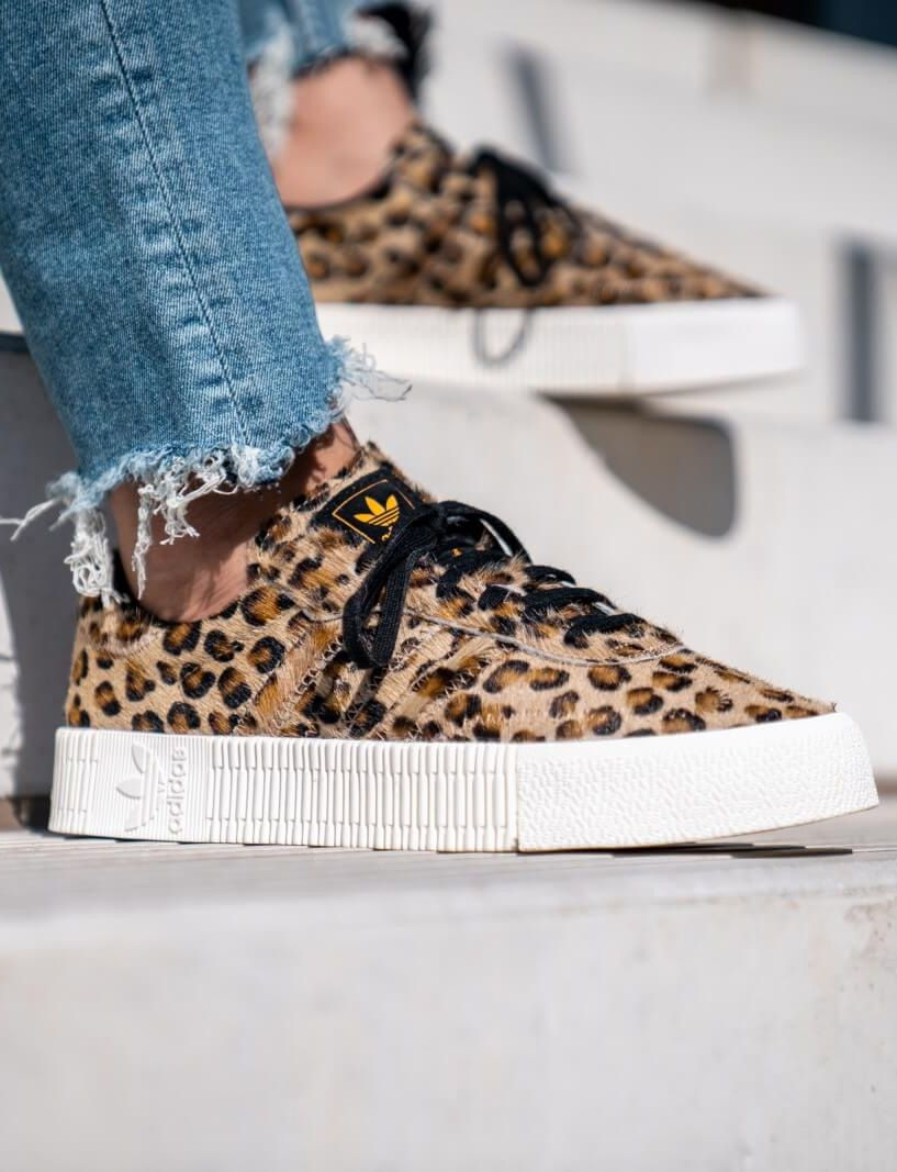 Grrraou : cette paire d'Adidas Samba léopard m'appelle ...