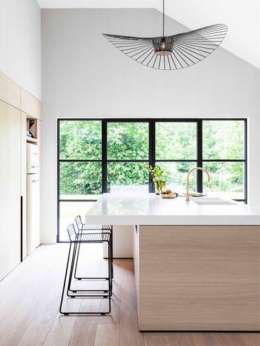 JUMA Architects\u0027 Fresh New Take On A \u002770s Bungalow Interior Design - Comment Choisir Hotte De Cuisine