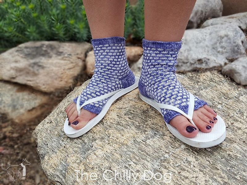 Jacque\'s Flip Flop Socks pattern by The Chilly Dog