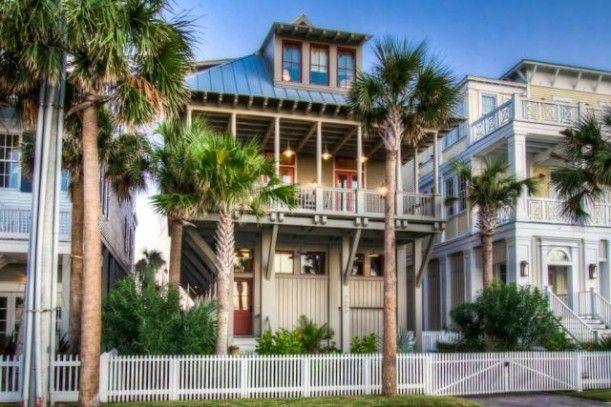 A Galveston Beach House On Seaside Drive Beach Houses For Sale