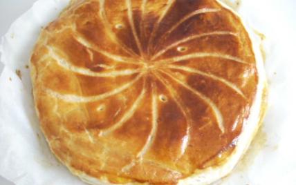 750 grammes vous propose cette recette de cuisine : Galette des rois frangipane chocolat. Recette notée 3.9/5 par 46 votants